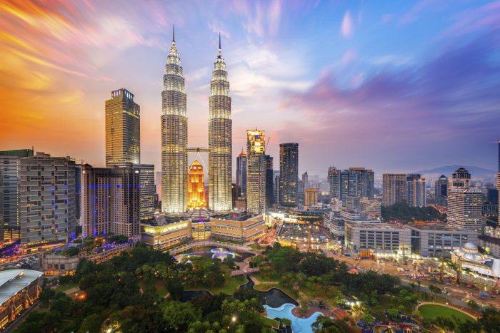 Malaysia investment forum ukabc for Home wallpaper kl